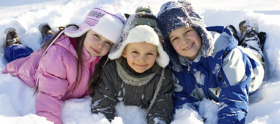 3kids_snow_crop